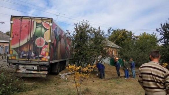 ДТП на Черкащині: водію вантажівки стало зле за кермом