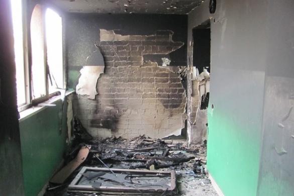 Через курця у Черкасах ледь не згорів житловий будинок