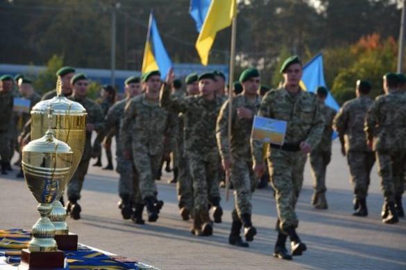 Прикордонники з усієї України з'їхалися до Черкас, щоб позмагатися у влучності (ФОТО)