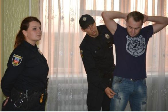 До студентського гуртожитку приїхали черкаські патрульні