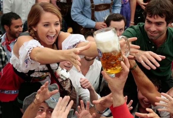 В черкаському футбольному клубі передумали пити пиво на стадіоні та зроблять це в ТРЦ