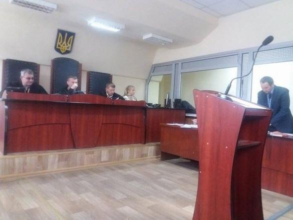 Шокуючі світлини із місця вбивства черкаського журналіста розглядають у суді