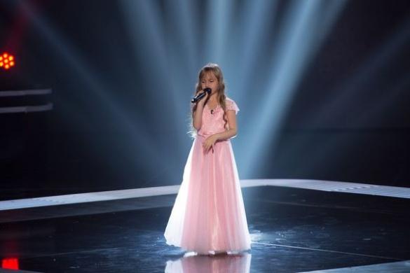 Маленька черкащанка, яка бачить серцем, розповіла, що відчувала під час виступу на сцені
