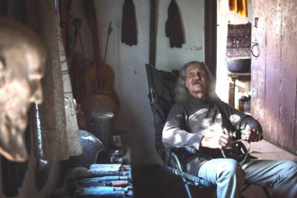 Як самітник Скіф живе у закинутому селі на Черкащині (ФОТО, ВІДЕО)