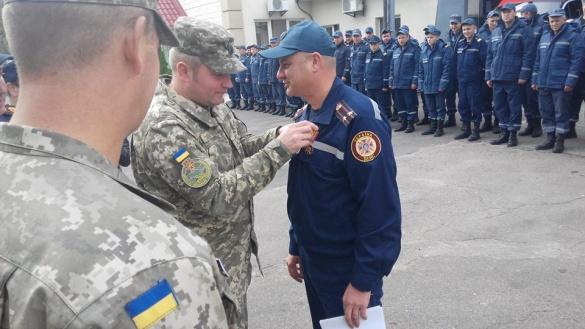 Черкаський рятувальник отримав особливу нагороду (ФОТО)