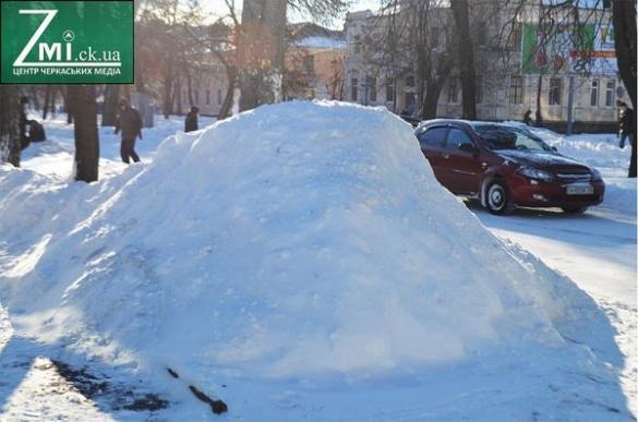 Чиновники запевняють, що Черкаси до снігу готові