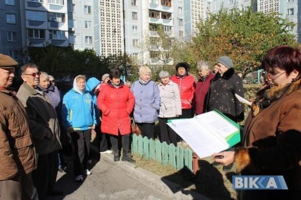 Мешканці черкаської багатоповерхівки мерзнуть у квартирах через непорозуміння з ТЕЦ (ФОТО)