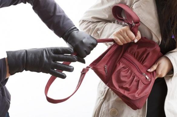Небайдужі черкащани допомогли патрульним затримати вуличного крадія