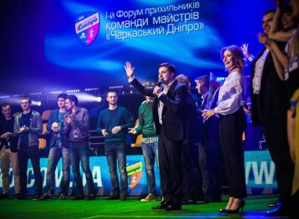 Зеленський та Кошовий перевтілилися у футбольних коментаторів