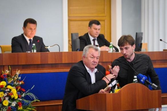 Рік роботи обласної ради: відстоювання інтересів громади чи заробляння політичних дивідендів?