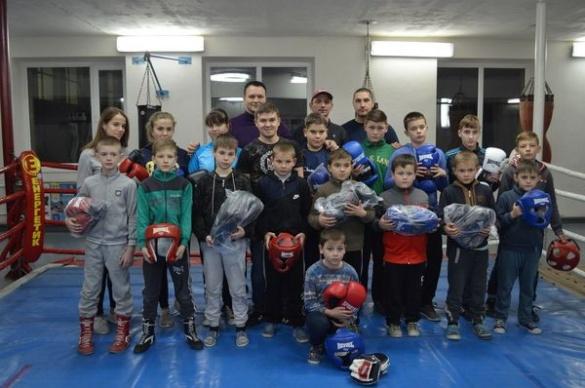 Юні боксери із Черкащини отримали новий спортивний інвентар