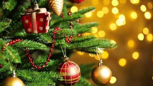 Відомі черкащани вітають із новорічними та рідзвяними святами*