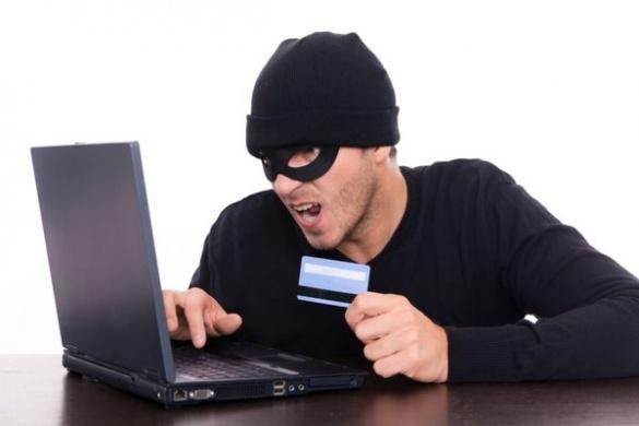 На Черкащині закликають остерігатися шахрайств із банківськими картками