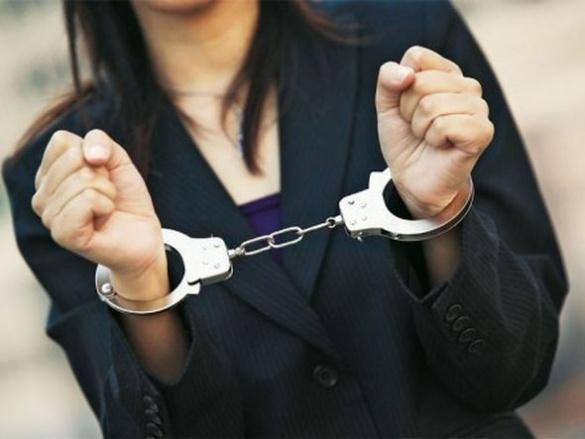 Смілянські правоохоронці затримали шахрайку, яка перебувала у державному розшуку