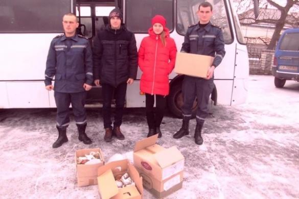 Черкаські рятувальники передали гуманітарний вантаж для воїнів АТО