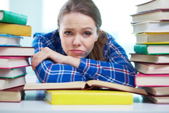 Черкаська студентка-відмінниця залишиться без стипендії?