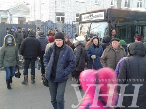 Черкаські протестувальники заблокували рух транспорту на центральній вулиці