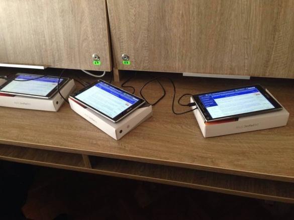 У Черкасах завершують встановлення електронної системи для персонального голосування депутатів