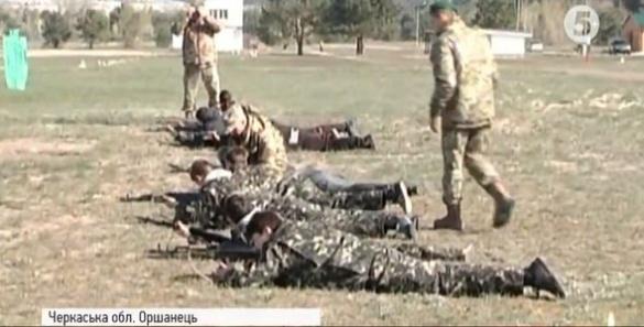 Черкаські школярі пройшли навчання на військовому полігоні