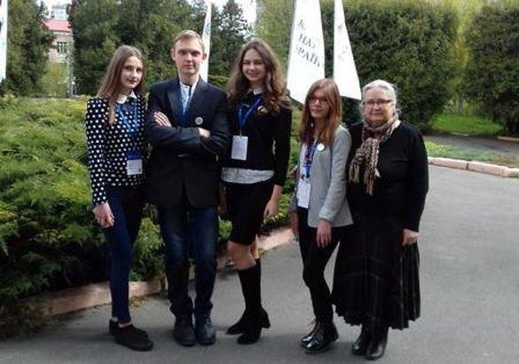 Черкаські школярі опинилися у числі кращих молодих науковців України
