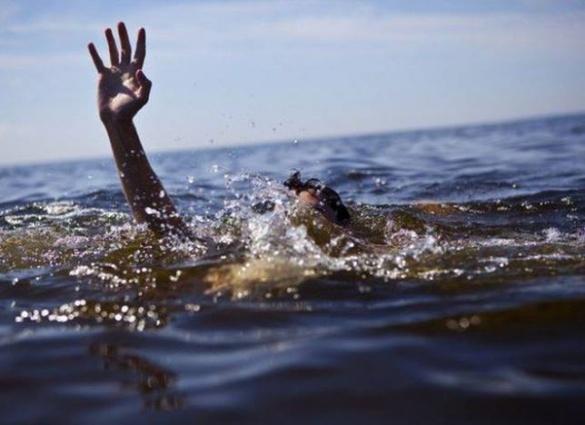 У Черкасах рибалка врятував життя двом чоловікам, які мало не потонули у Дніпрі
