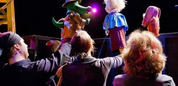 Черкаський ляльковий театр: таємниче життя за лаштунками