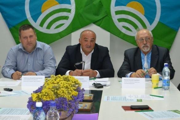 На Черкащині Аграрна партія виступає проти продажу землі та готується до мітингів