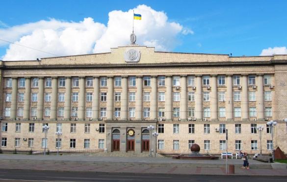 Ремонт черкаського мосту та Театральної площі: гучні події, що сталися на Черкащині