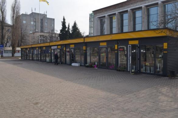 Члени черкаського виконкому продемонстрували подвійні стандарти щодо павільйонів у центрі Черкас