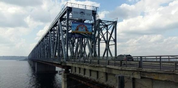 Ремонт черкаського мосту : графік руху та інша важлива інформація, яку має знати кожен
