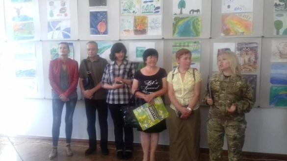 У черкаському музеї відкрилась виставка робіт бійців АТО