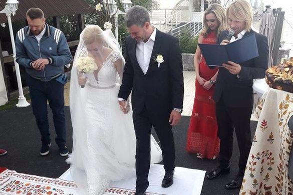 Популярний співак із Черкащини став розпорядником на весіллі зірок шоу-бізнесу
