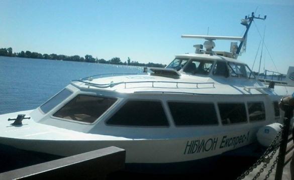 У Черкасах стартували річкові пасажирські перевезення