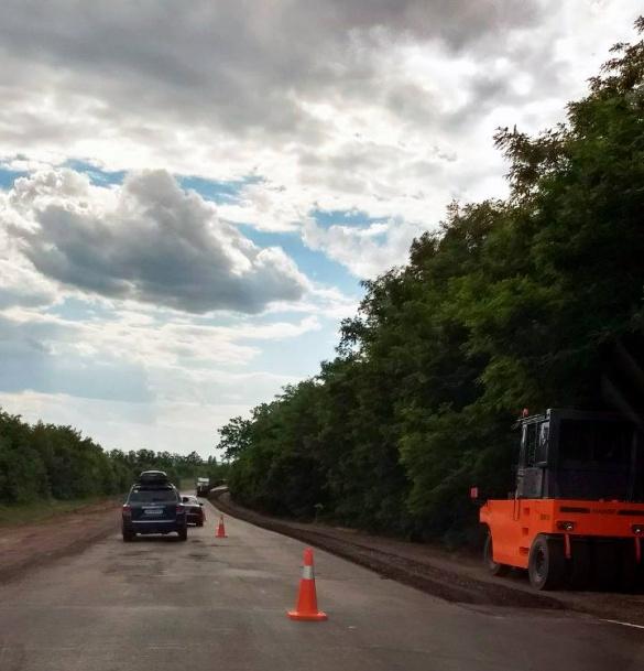 На Черкащині почали ремонтувати ділянку дороги Київ-Знам'янка
