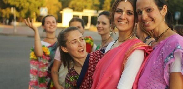 Харе Крішна: в кого вірять і про що співають черкаські віддані?