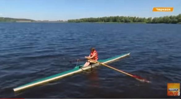 Наче Формула 1 на Жигулях: черкаські веслувальники досі тренуються на радянських човнах