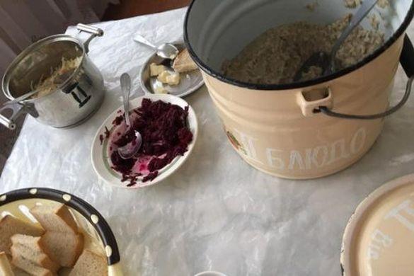 Якість харчування у черкаській дитячій лікарні шокувала пацієнтів (ФОТО)