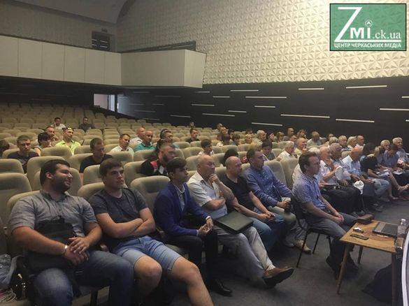 Яблунева, Польова, Квітуча: у Черкасах обговорили нові назви вулиць