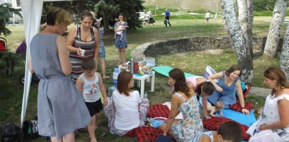 У Черкасах серед молодих та майбутніх мам популяризують грудне вигодовування