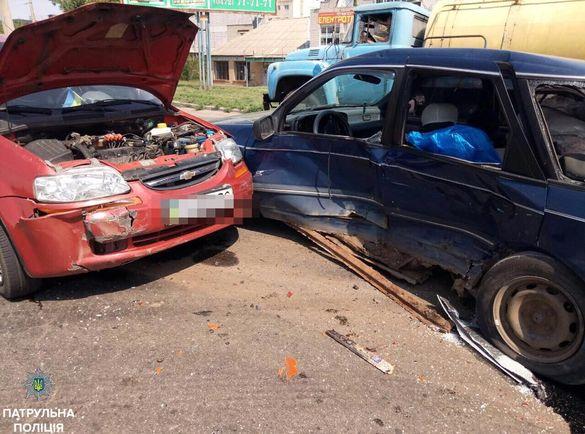У Черкасах сталася ДТП з постраждалими (фотофакт)