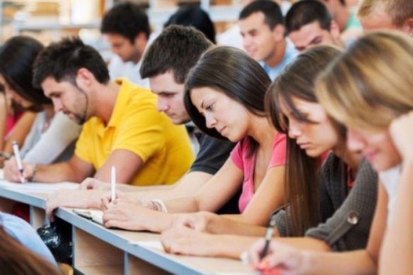 Сьогодні черкаські абітурієнти зможуть дізнатися, чи вступили до університетів