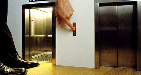 Стало відомо, де до кінця року в Черкасах капітально відремонтують ліфти
