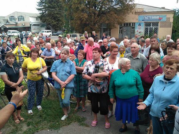 На Черкащині громада постала проти чиновників  (ФОТО, ВІДЕО)