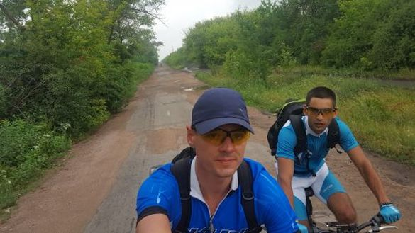 Подорож до Одеси: двоє черкасців поїхали на море на велосипедах
