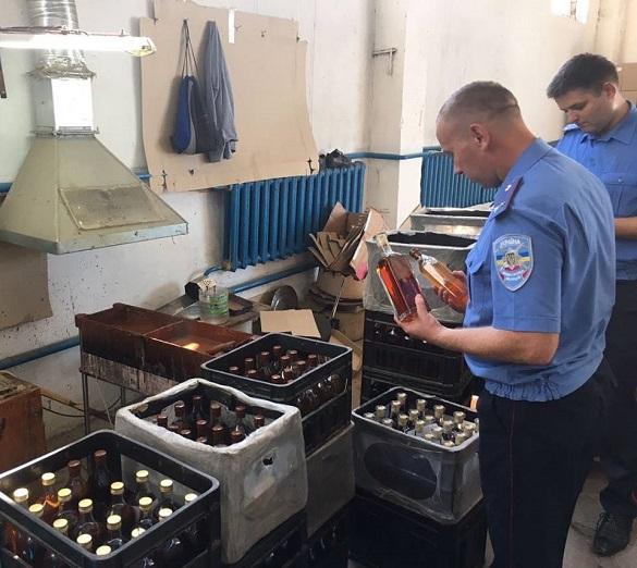 Черкаські спиртзаводи обшукують податківці (ФОТО)