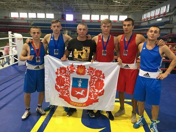 Історичний результат: боксери із Черкащини тріумфували на Кубку України