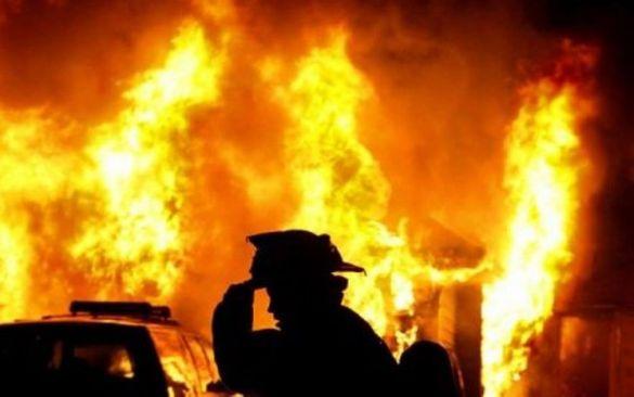 На Черкащині під час пожежі ледь не згоріла жінка