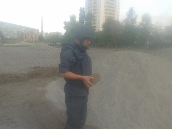 На території черкаської гімназії знайшли боєприпас
