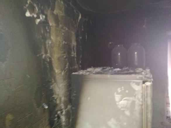 У черкаській багатоповерхівці через електрозамикання сталася пожежа