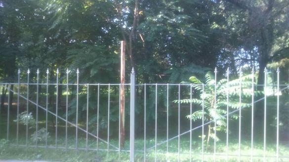 У Черкасах крадії металу двічі зазіхнули на майно парку (ФОТО)